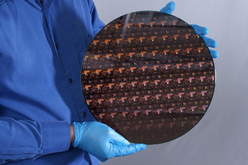2 nm wafer fabricated at IBM