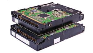 IT hardware výdaje